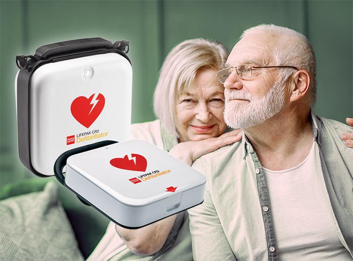 Hjärtstartare räddar liv! Äldre par som tack vare HLR och hjärtstartare kan fortsätta ett lyckligt liv.